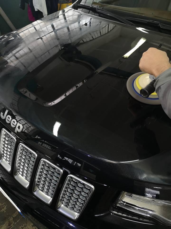 Car Detailing su jeep